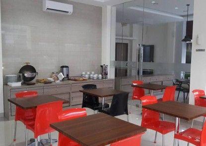 Kanasha Hotel Medan Kedai Kopi