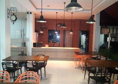 Kanasha Hotel Medan Kafe