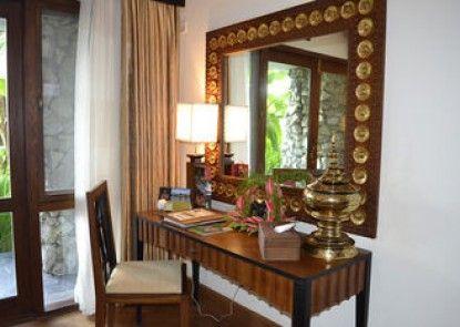 Kandawgyi Palace Hotel Yangon