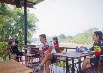 Kanvela Resort