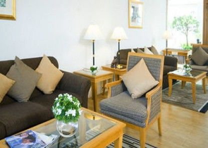 Karavel House Hotel & Serviced Apartments