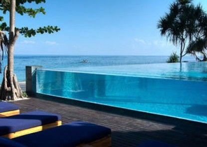 Katamaran Hotel & Resort Kolam Renang Utama