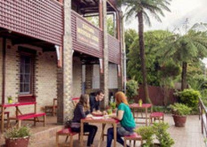 Katoomba Mountain Lodge