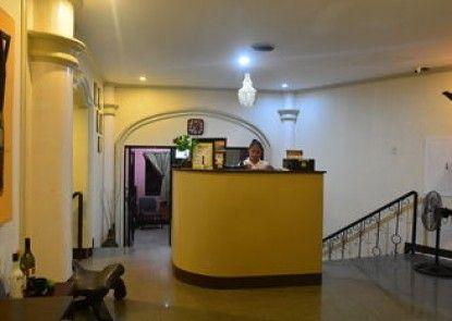Kawayanan Heights Inn