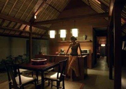 Kayumanis Jimbaran Private Estate and Spa Ruang Makan