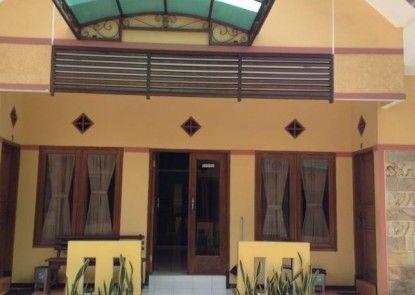 Kedung Ombo Homestay Malang Teras
