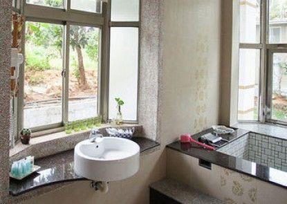 Kending Xinjing Huiguan Hotel
