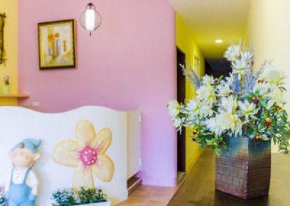 Kenting Flowers Hotel