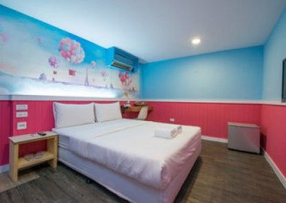 Kenting Location Hotel