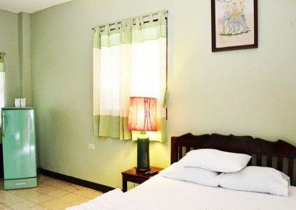 KhumJaoJomKaew Resort