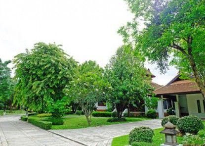 Khum Nakorn Villa