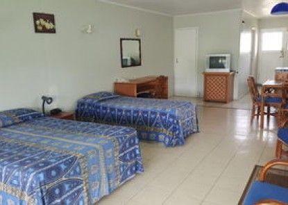 Kiikii Inn & Suites