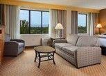 Pesan Kamar Suite Junior, 1 Tempat Tidur King di Doubletree Hotel Grand Junction