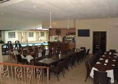 Kingston Lodge