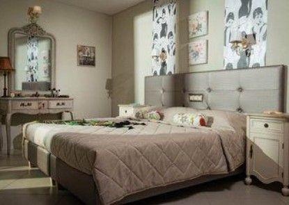 King\'s Village Apartments