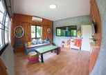 Pesan Kamar Grand Triple Bed Villa With Kitchen di Kirina Retro House