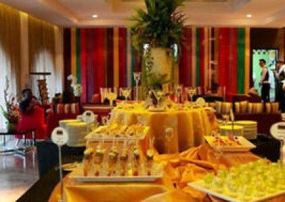 Kiss Gardenhome Chic Hotel