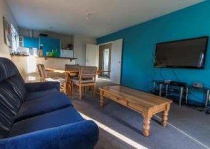 Kiwi Group Accommodation - Barlow - Hostel