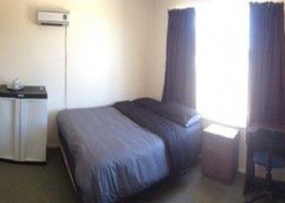 Kiwi Group Accommodation - Gloucester