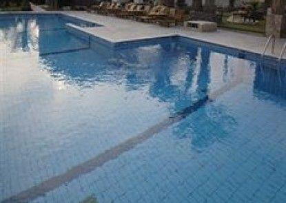 Klonos Kyriakos Hotel