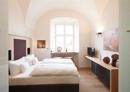 Kloster Holzen Hotel