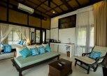 Pesan Kamar 1 Bedroom Beach Front Villa di Koh Yao Yai Village