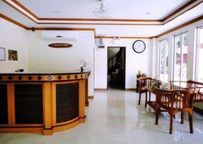 Komaree Mansion