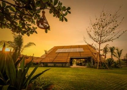 Komune Resort & Beach Club Bali Teras