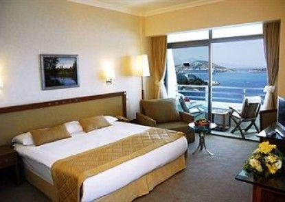 Korumar Deluxe Hotel