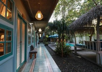 Kosta Hostel Seminyak Teras