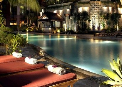 Kristal Hotel Jakarta Eksterior