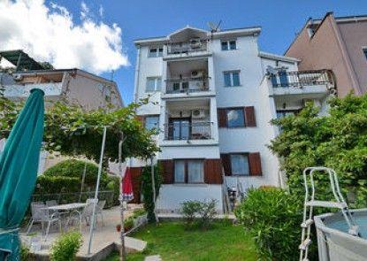 Ksenija Apartments