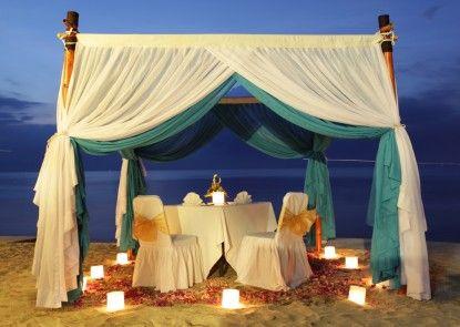 Kupu Kupu Jimbaran - Beach Club and Spa by LOCCITANE Pantai