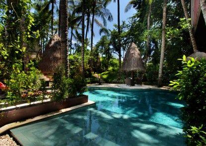Kupu Kupu Jimbaran - Beach Club and Spa by LOCCITANE Kolam Renang