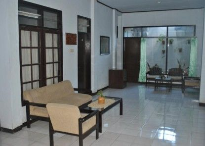 Kurnia Jaya Hotel Teras