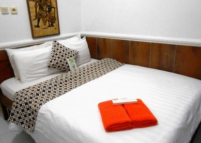 Kusuma Hotel Condongcatur Yogyakarta Kamar Tamu