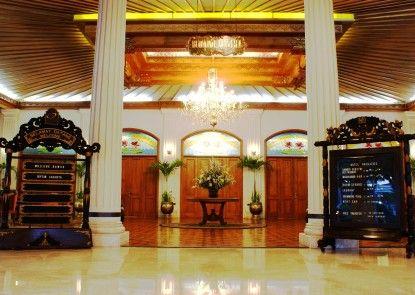 Kusuma Sahid Prince Hotel Solo Lobby