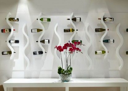 Kuta Angel Hotel - Luxurious Living Rumah Makan