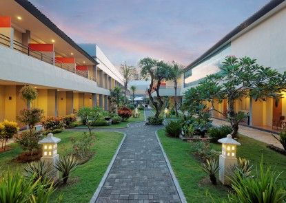 Kuta Station Hotel & Spa Taman