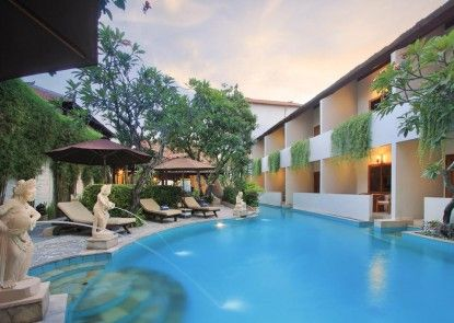 Kuta Lagoon Resort & Pool Villas Teras