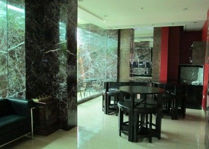 Kyo Serviced Apartment Jakarta Lobby