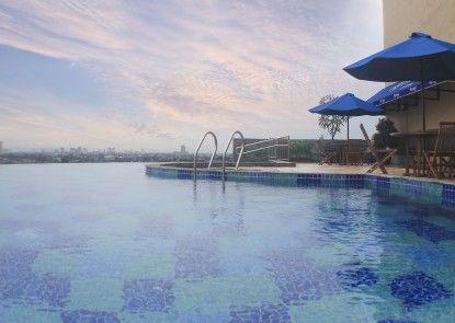 Kyriad Hotel Metro Cipulir Jakarta Kolam Renang