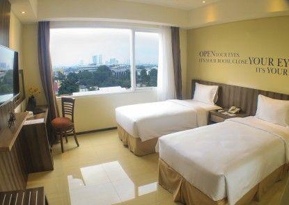 Kyriad Hotel Metro Cipulir Jakarta Kamar Tamu