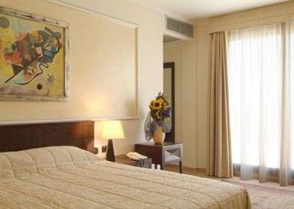 La Mela Hotel