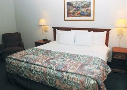 La Quinta Inn & Suites Chicago Gurnee Teras