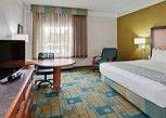 Pesan Kamar Kamar Standar, 1 Tempat Tidur King di La Quinta Inn & Suites Fort Lauderdale Airport