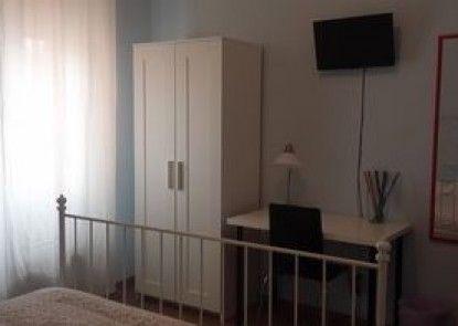 La Cornice Guest House