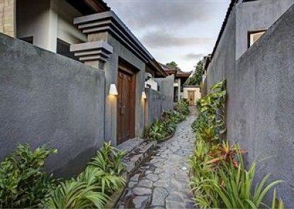 Ladera Villa Ubud Teras