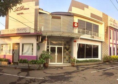 La Derra Hotel Teras