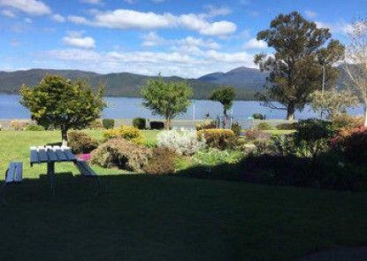 Lakeside Motel and Apartments - Te Anau